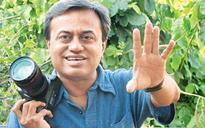 Filmmaker Parthiv Shah to organise photography workshop on selfie phenomenon in Delhi
