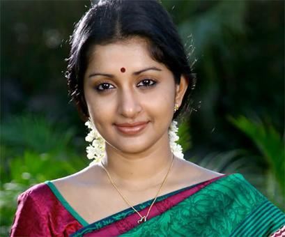 Meera Jasmine to make her comeback
