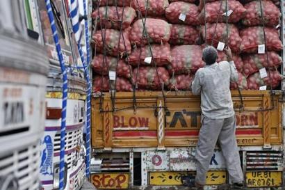 Government plans GST roll-out from April 2017