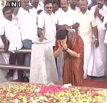 On her way to jail, Sasikala makes pit stops at Jaya memorial, MGR house