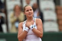 Tearful Cinderella Shelby eyes French Open semis