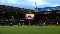17:21Tributes and tears for Graham Taylor at Watford's Vicarage Road
