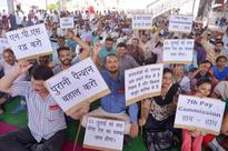 Govt employees, trade unions threaten strike on disappointing pay hike