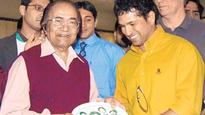 Legendary Pakistan cricket star Hanif Mohammad dies at 81