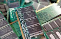 Apple, Amazon, Google join bidding for Toshiba chip unit - media