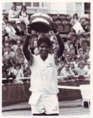 Cinestaan to serve Indian tennis ace Vijay Amritraj with his biopic - News