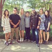 'Duck Dynasty' Robertson family celebrates official adoption of son Rowdy