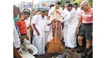 AIADMK-BJP bonhomie grows, TN minister attends RSS event