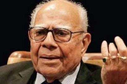 Jethmalani gatecrashes BJP meet, castigates senior leaders