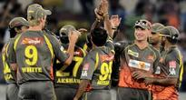IPL: Shikhar Dhawan slams fifty against Mumbai Indians