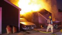 Winnipeg firefighters battle Aberdeen Avenue garage fire