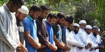 Bangladesh cricketers at Jummah prayers