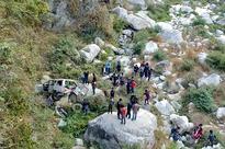 1 killed, 10 injured in Kulekhani jeep fall