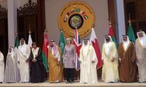 Theresa May calls on Gulf leaders to press on with economic reforms
