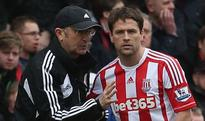 Michael Owen promised a big send-off by Stoke boss Tony Pulis