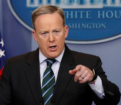 Sean Spicer quits as White House press secy