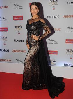 PIX: Aishwarya, Katrina, Alia look stylish at an awards night