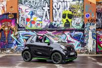 Mercedes Intro Electric Smart Car to Join Emission Free Urban Driving