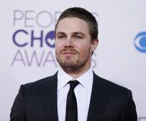 'Arrow' Season 4 Spoilers: Oliver, Diggle Team Up to Save Thea