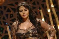 Ragini Dwivedi: Srinivasa should make sex films