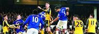 Everton shock Arsenal
