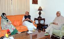 Rajnath Singh Speaks To Mehbooba Mufti, Discusses Kashmir Situation