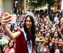 Roshmitha gets a grand reception at Mount Carmel College, Bengaluru