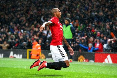 EPL PHOTOS: Manchester United steal late 1-0 win over Brighton