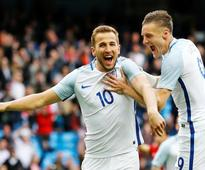 England bank on Kanes golden boot at Euro 2016