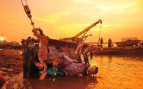 Clash between two neighbourhoods over Durga puja immersion
