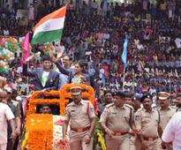 Rio Olympics Silver medallist PV Sindhu returns home to rousing reception