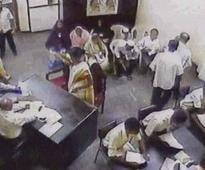 Video captures Sri Lankan suicide bomber's last moments