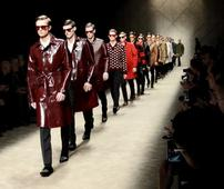 [ LIVESTREAM ] Burberry Moves Menswear Fashion Shows from Milan to London