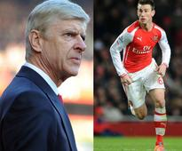 Koscielny criticises Arsene Wenger's team selection against Chelsea