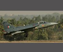 Parrikar lauds HAL, ADA on induction of Tejas planes