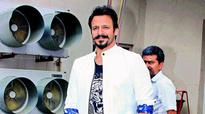 Vivek Oberoi is enjoying his fatherhood