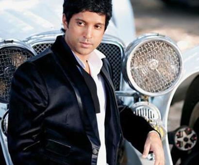 Farhan Akhtars gets nostalgic with 6 years of Zindagi Na Milegi Na Dobara!