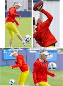 Tennis star, Wozniacki shows off football skills
