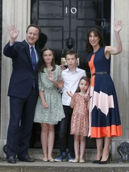 Cameron takes final bow as UK prime minister