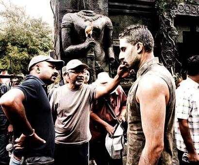 #InstaStories: When Abhishek swam with snakes