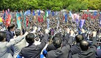 Japan's 'irregular workers' emerge as hot political issue