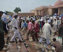 Three die in stampede as Mayawati hard sells party