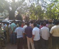 Protest over shifting of market in Karwar