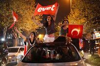 Erdogan wins Turkey referendum as opposition cries foul