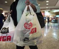 Plastic industry wants Montreal suburb to halt proposed shopping bag ban