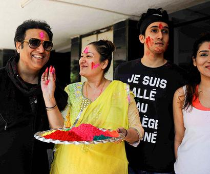 PIX: Govinda celebrates Holi with family
