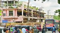 Metro work halts at Sultan Bazaar