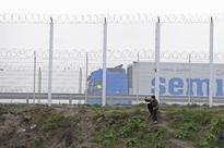 France will evict nearly 1,000 people from the 'jungle' refugee camp near Calais