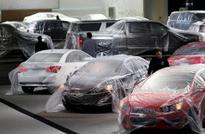 U.S. April auto sales on pace for new record for the month