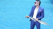 Anurag Basu is all praises for Yo Yo Honey Singh